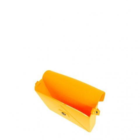 Bolsa Flap Petite Jolie Amarela PJ2365 dentro